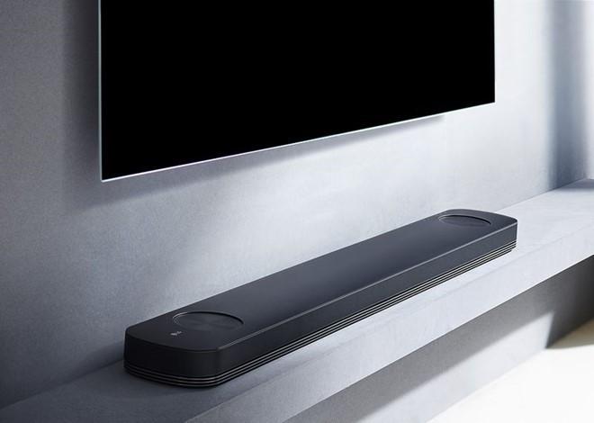 TV mỏng như tờ giấy của LG có giá tối đa 20.000 USD ảnh 1
