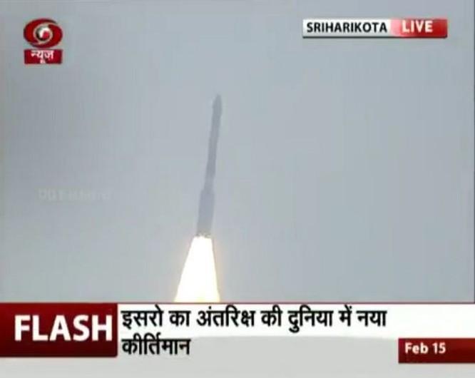 Ấn Độ lập kỷ lục phóng thành công 104 vệ tinh vào không gian ảnh 2