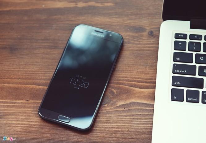 Samsung Galaxy A7: Bom tấn giá mềm ảnh 2