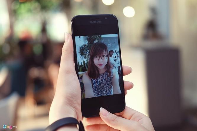 Samsung Galaxy A7: Bom tấn giá mềm ảnh 4