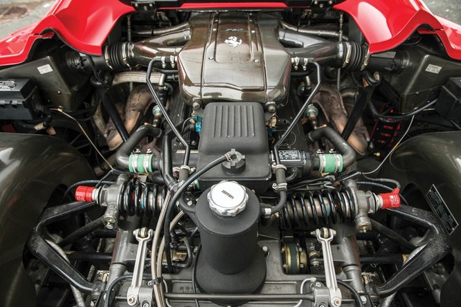 Siêu xe hiếm Ferrari F50 của Mike Tyson được rao bán ảnh 3