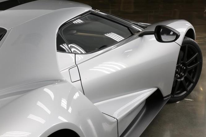 Siêu xe Ford GT 2017 thêm bản đặc biệt ảnh 1