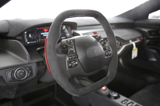 Siêu xe Ford GT 2017 thêm bản đặc biệt ảnh 4