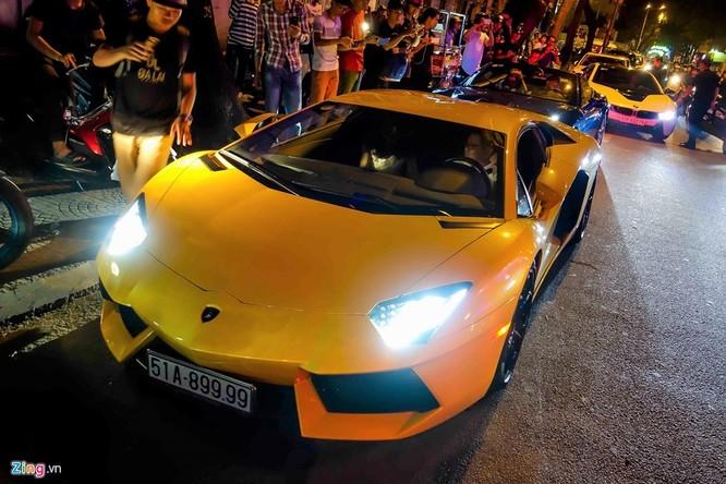 Đại gia Sài Gòn chào đón Gialai Team bằng dàn siêu xe ảnh 5
