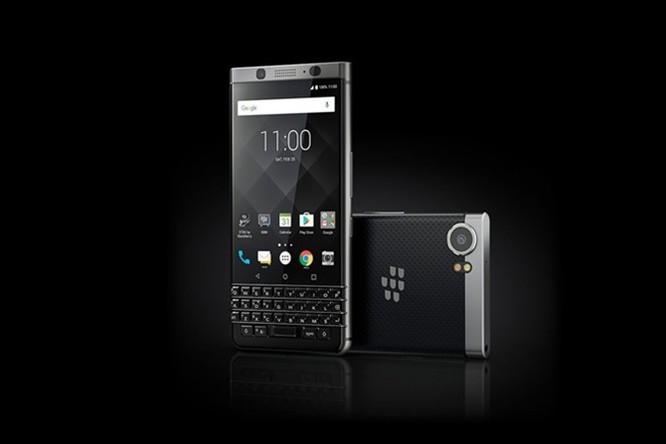 Với BlackBerry Keyone, TCL tham vọng tấn công vào thị trường doanh nghiệp ảnh 1