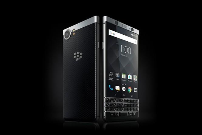 Với BlackBerry Keyone, TCL tham vọng tấn công vào thị trường doanh nghiệp ảnh 2