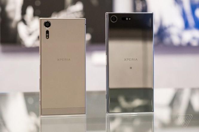 Sony Xperia XZ Premium và XZS ra mắt: smartphone đầu tiên quay slow-motion 960 fps ảnh 1