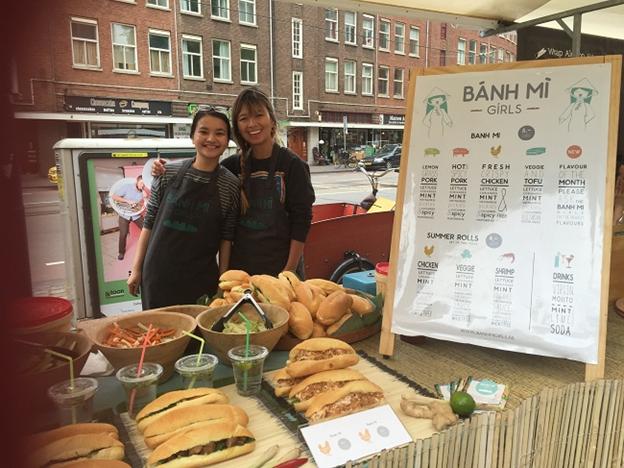 """Cô gái Việt đưa bánh mì """"hương vị nước mắm"""" gây sốt tại Hà Lan ảnh 1"""