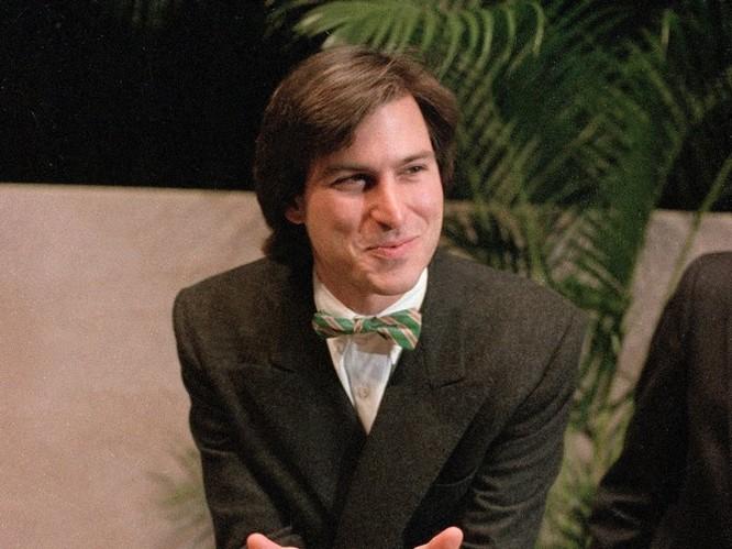 """Loạt ảnh về mối quan hệ """"bạn-thù"""" kỳ lạ của Steve Jobs và Bill Gates ảnh 2"""