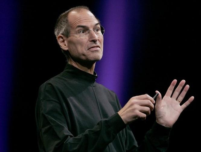 """Loạt ảnh về mối quan hệ """"bạn-thù"""" kỳ lạ của Steve Jobs và Bill Gates ảnh 12"""