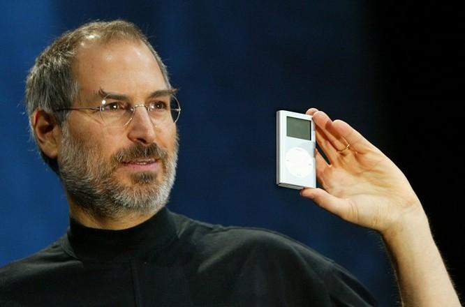 """Loạt ảnh về mối quan hệ """"bạn-thù"""" kỳ lạ của Steve Jobs và Bill Gates ảnh 23"""