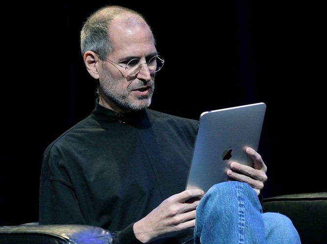 """Loạt ảnh về mối quan hệ """"bạn-thù"""" kỳ lạ của Steve Jobs và Bill Gates ảnh 26"""