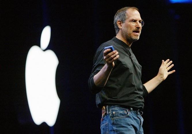 """Loạt ảnh về mối quan hệ """"bạn-thù"""" kỳ lạ của Steve Jobs và Bill Gates ảnh 27"""