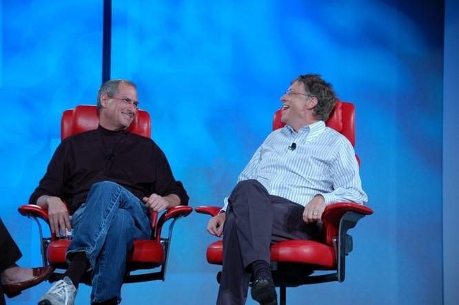 """Loạt ảnh về mối quan hệ """"bạn-thù"""" kỳ lạ của Steve Jobs và Bill Gates ảnh 29"""