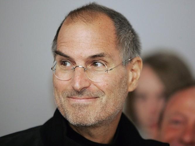 """Loạt ảnh về mối quan hệ """"bạn-thù"""" kỳ lạ của Steve Jobs và Bill Gates ảnh 30"""