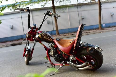 Mini Chopper độ của 'ông già gân' 61 tuổi tại Sài Gòn ảnh 2