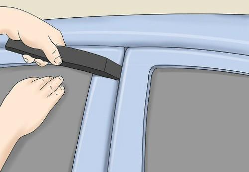4 cách 'cạy cửa' ôtô trong trường hợp khẩn cấp ảnh 2