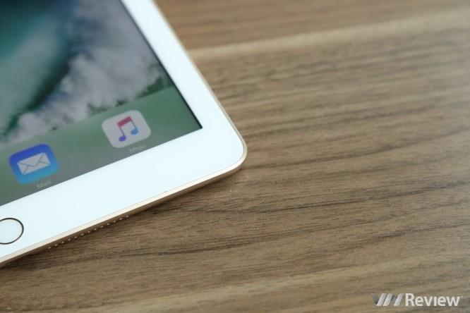 Trên tay iPad 9.7 2017 mới về Việt Nam, giá từ 9,75 triệu đồng ảnh 25