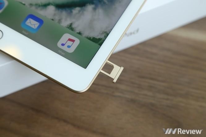 Trên tay iPad 9.7 2017 mới về Việt Nam, giá từ 9,75 triệu đồng ảnh 17