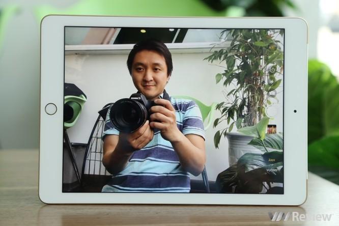 Trên tay iPad 9.7 2017 mới về Việt Nam, giá từ 9,75 triệu đồng ảnh 12