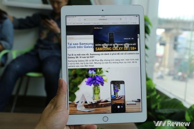 Trên tay iPad 9.7 2017 mới về Việt Nam, giá từ 9,75 triệu đồng ảnh 29