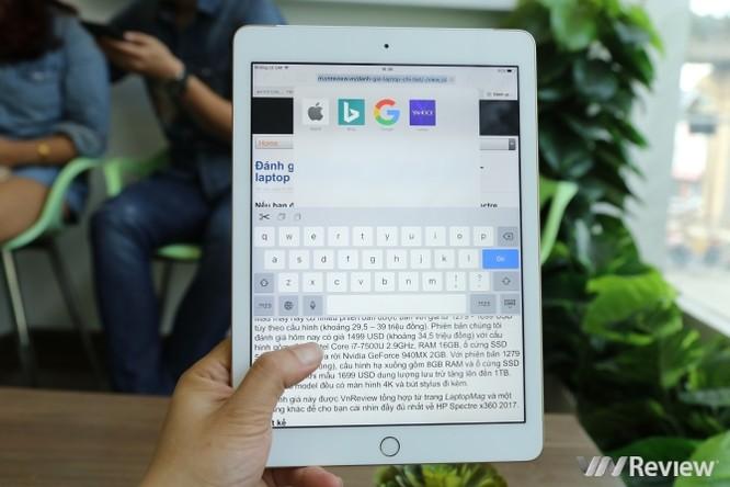 Trên tay iPad 9.7 2017 mới về Việt Nam, giá từ 9,75 triệu đồng ảnh 30