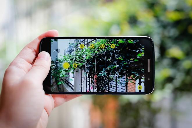 Motorola vỏ kim loại, chống nước, giá 7 triệu đồng ảnh 5