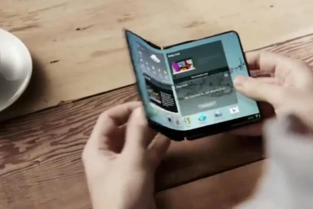 """Điện thoại màn hình gập của Samsung: """"Đừng mơ"""" trước năm 2019 ảnh 1"""