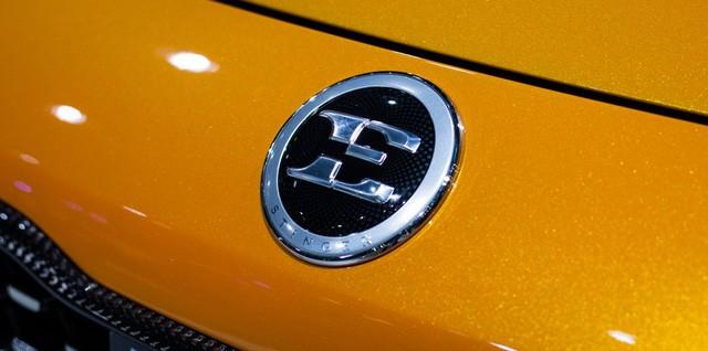 Bí ẩn logo mới của Kia trên xe Stinger ảnh 1