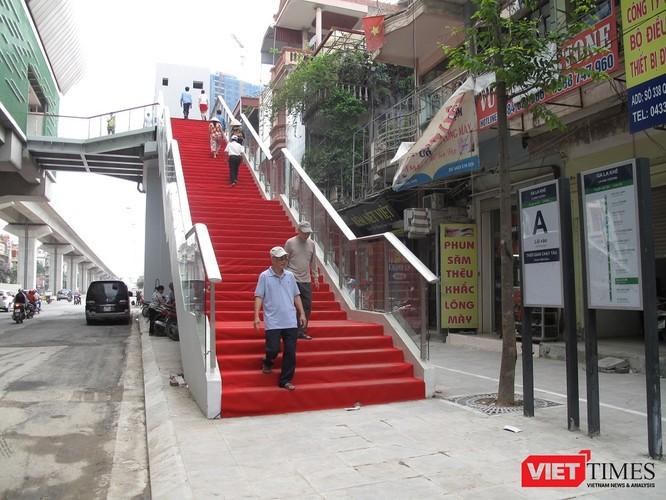 Cận cảnh nhà ga, tàu mẫu đường sắt trên cao Cát Linh - Hà Đông ảnh 2