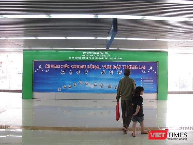 Cận cảnh nhà ga, tàu mẫu đường sắt trên cao Cát Linh - Hà Đông ảnh 5