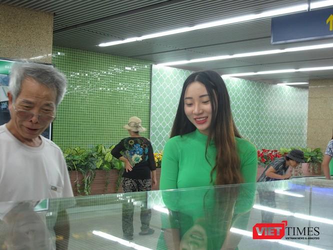 Cận cảnh nhà ga, tàu mẫu đường sắt trên cao Cát Linh - Hà Đông ảnh 13