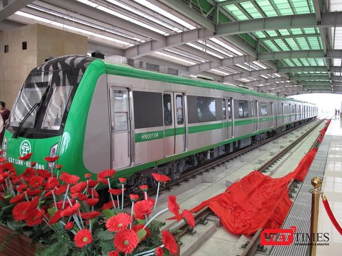 Cận cảnh nhà ga, tàu mẫu đường sắt trên cao Cát Linh - Hà Đông ảnh 21