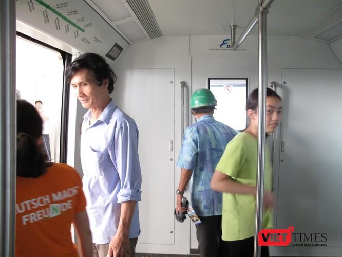 Cận cảnh nhà ga, tàu mẫu đường sắt trên cao Cát Linh - Hà Đông ảnh 25