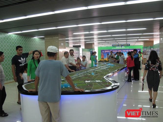 Cận cảnh nhà ga, tàu mẫu đường sắt trên cao Cát Linh - Hà Đông ảnh 29