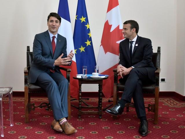 """Những hình ảnh """"đốn tim"""" dân mạng của hai vị nguyên thủ tại Hội nghị G7 ảnh 5"""
