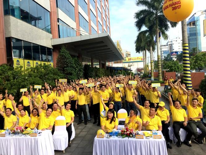 Nam A Bank thu hút hơn 26.000 lượt khách trong ngày hội bán hàng ảnh 1