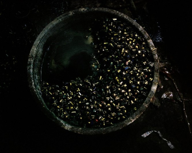 Đây là nơi rác thải điện tử được xử lý: Tràn ngập ô nhiễm, độc hại ảnh 12