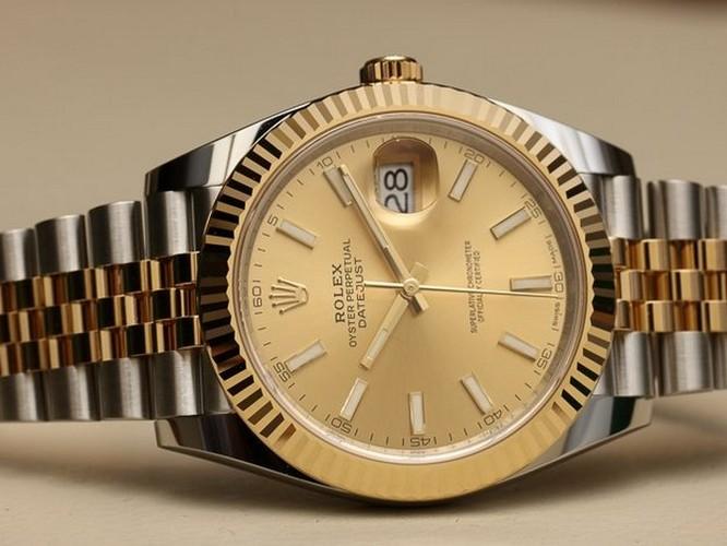 Các CEO quyền lực nhất làng công nghệ đeo đồng hồ gì? ảnh 10