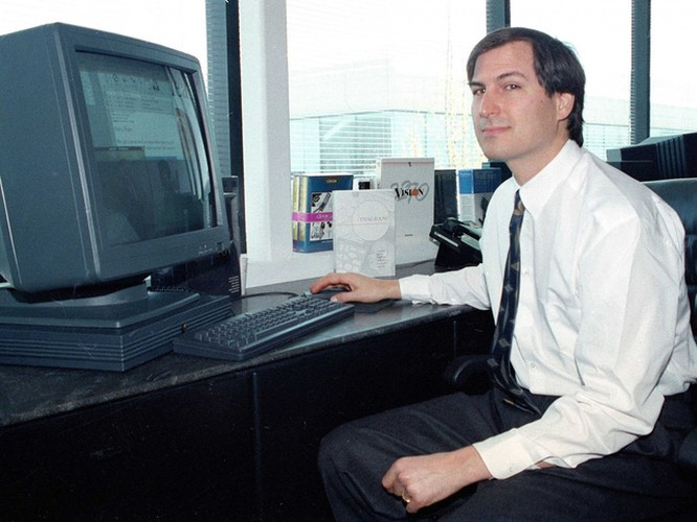 Lập trình viên trẻ theo Steve Jobs dù bị Microsoft tặng một con cá chết ảnh 1
