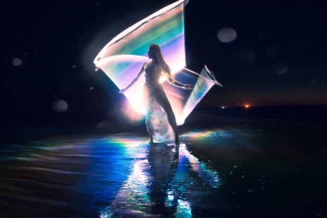 Chụp ảnh vẽ ánh sáng cầu vồng bằng ống phản xạ DIY ảnh 5