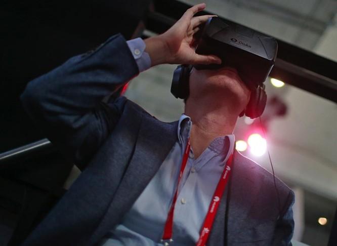 Facebook lên kế hoạch giới thiệu Oculus VR 200 USD (4,5 triệu đồng) vào năm 2018