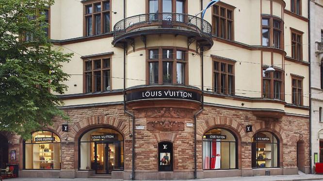 Louis Vuitton quyết cạnh tranh trực tiếp với Apple trên sân chơi smartwatch ảnh 1