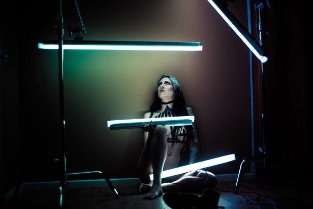 Đèn LED thông minh Voyager: Đa dụng, chống thấm nước ảnh 4