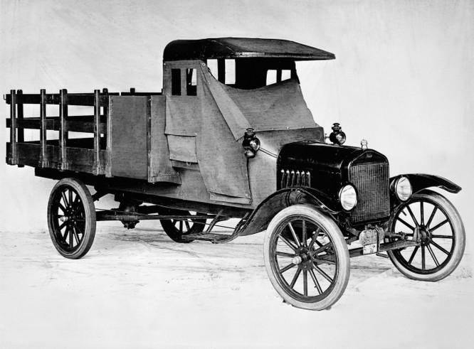 Ford kỷ niệm 100 năm kiến tạo lịch sử dòng xe tải ảnh 1