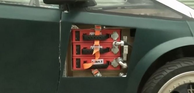 Sinh viên Hà Lan chế tạo xe ô tô điện có thể tự phân hủy sinh học ảnh 3
