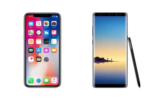 Samsung luôn đi trước Apple trong cuộc chiến về kích thước màn hình. Khi Apple tung ra iPhone X với màn hình 5,8-inch, Samsung đã tìm cách hiện thực hóa màn hình 6,3-inch trên Note8.