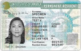 CEO Microsoft đã từng từ bỏ thẻ xanh công dân Mỹ vì tình yêu ảnh 1