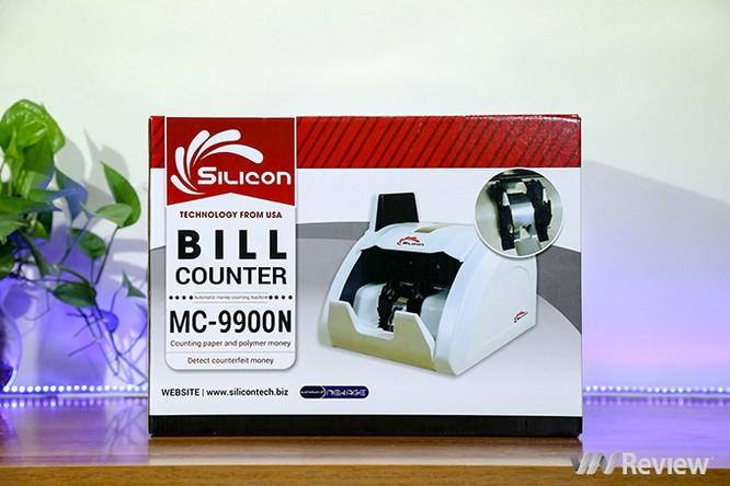 """Trên tay máy đếm tiền Silicon MC-9900N: 1.000 tờ/phút, """"bắt"""" được tiền siêu giả ảnh 1"""