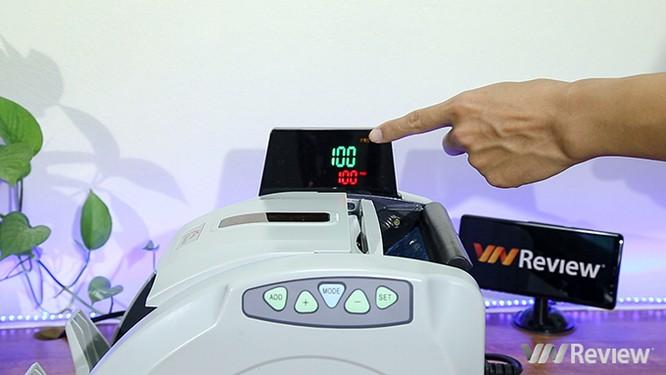 """Trên tay máy đếm tiền Silicon MC-9900N: 1.000 tờ/phút, """"bắt"""" được tiền siêu giả ảnh 9"""